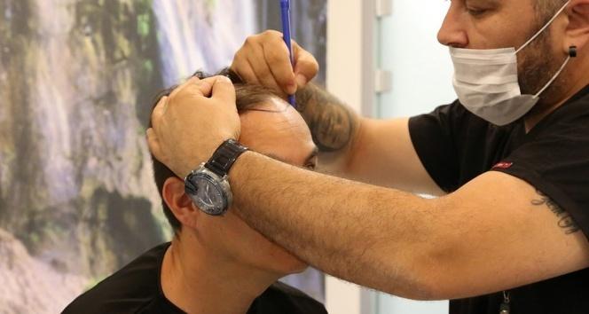 DoctorZen CEO'su İsmail Zengin: 'Saç ektirenlerin sayısı da artıyor yaşı da'