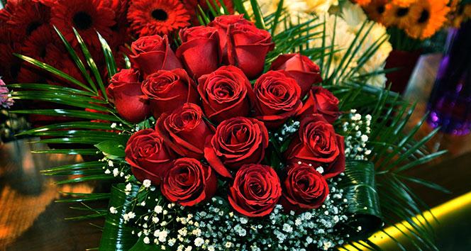 Sevgililer Günü'nde 3 milyon gül satılması bekleniyor