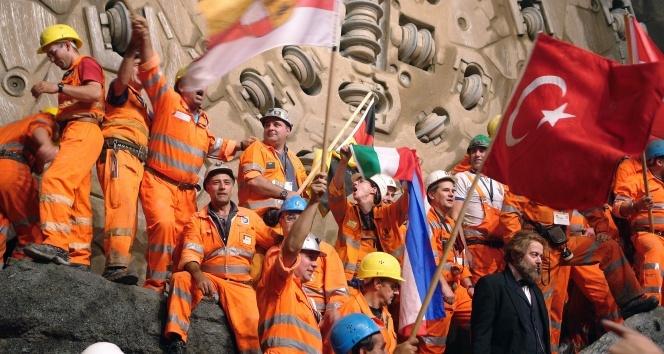 'Çalışan sayısı en yüksek' şirketler arasında birinci Rönesans İnşaat