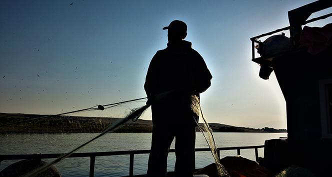 Van Gölü balıkçıları bereketli bir sezon bekliyor