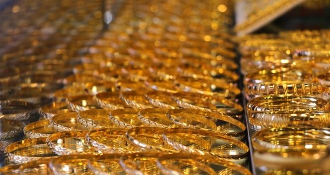 Altın yeniden rekor seviyede