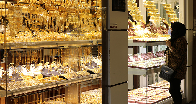 Gram altın fiyatında yıl sonu tahmini 525 lira