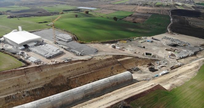 Kolin İnşaat'tan Kapıkule'ye demiryolu; köylüye mera arazisi