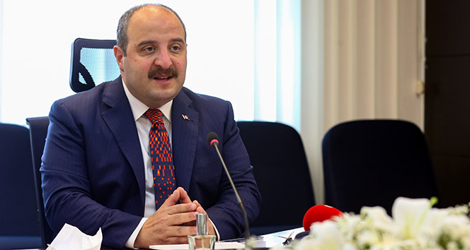 Bakan Varank: 'IMF, bu rakamı yüzde 1,2 büyüme olarak revize etti'