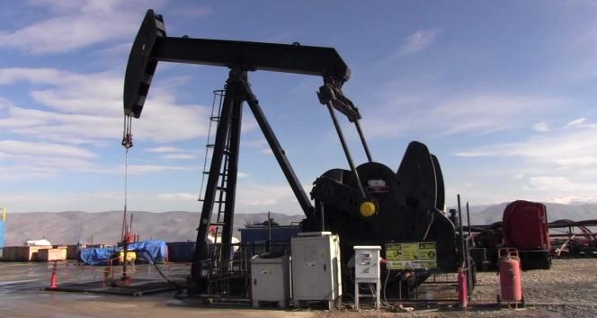 Siirt'te 12 kuyudan petrol çıkarılıyor