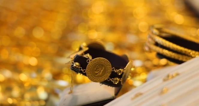 Altın yatırımcılarına uyarı; 'Panik yapmayın'