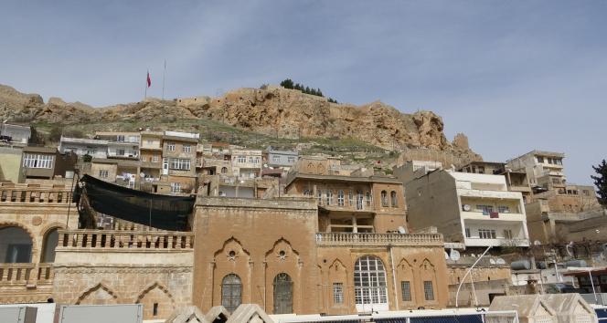 'Mavi kent' Mardin'deki turizm hareketliliği esnafın yüzünü güldürdü