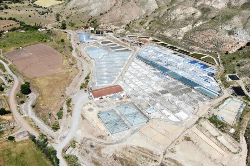 Bunaltıcı sıcaklar 3 bin yıllık 'Kemah tuzu'na bereket getirdi