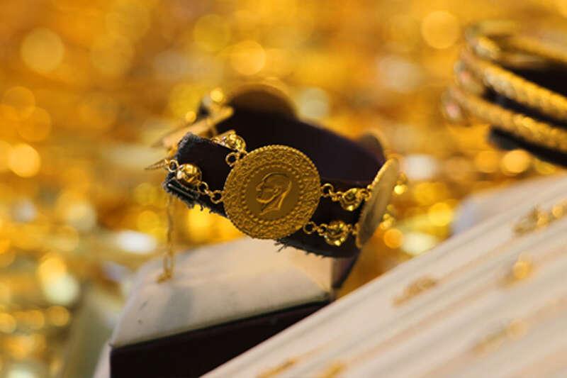Çeyrek altın 812 lira oldu