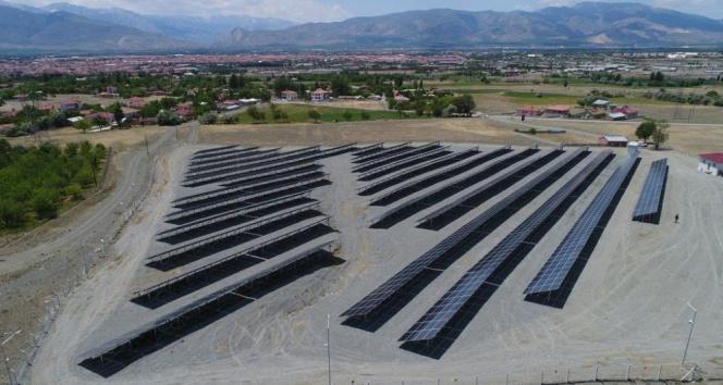 Erzincan'da 990 KW'lik güneş enerji santralinde elektrik üretimine geçildi