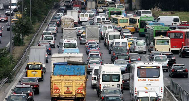 Trafiğe kaydı yapılan taşıt sayısı yüzde 25 azaldı