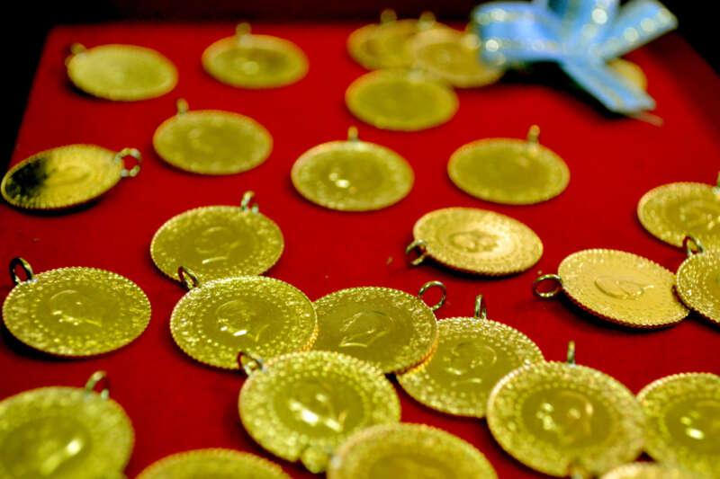 Çeyrek altın 808 lira