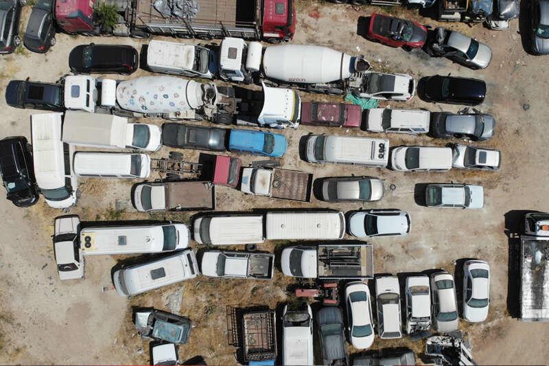 Elazığ'da araç mezarlığı, 60 milyonluk servet çürüyor