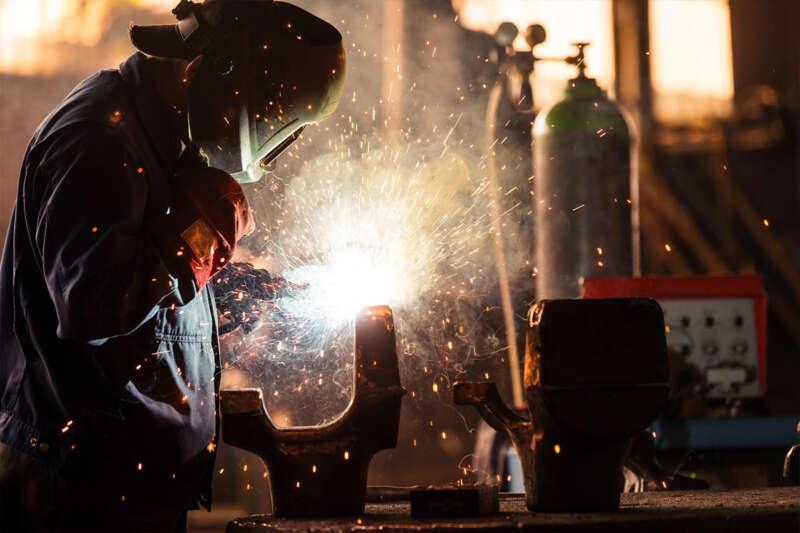 Son bir yılda sigortalı ücretli çalışan sayısı 1,9 milyon arttı
