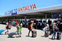 Antalya'yı 8 milyonu aşkın turist ziyaret etti