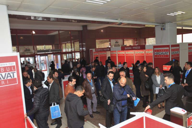Hırdavat ve nalbur sektörü, İstanbul Hırdavat Fuarı'nda bir araya geldi